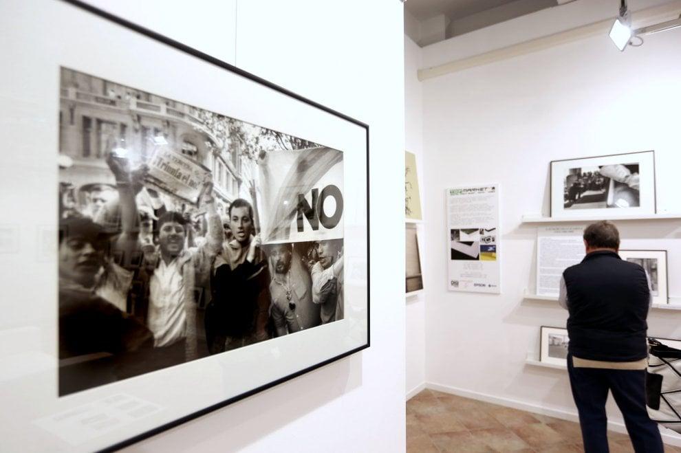 Il rumore delle sciabole, la mostra fotografica di Ivo Saglietti