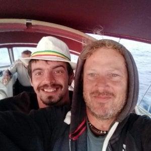 Skipper italiano su barca a vela disperso in Atlantico insieme a marinaio