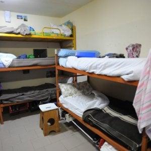 Detenuti appiccano fuoco in cella a Marassi