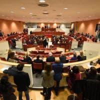 Centri impiego, protesta dei lavoratori in Consiglio Regionale Ligure. Seduta