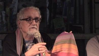 """Padre Zanotelli al ricordo di don Gallo: """"Contro la diseguaglianza c'è bisogno di santa rabbia""""   Video   di PIETRO BARABINO"""