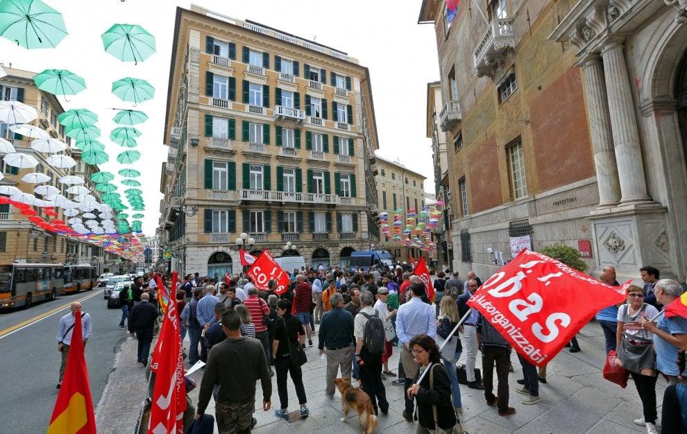 Migranti, davanti alla Prefettura un presidio dei sindacati per ricordare Soumayla Sacko