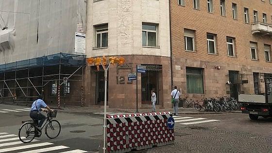 Perquisizioni alla Sparkasse di Bolzano: è la banca chiave dell'inchiesta genovese sulla Lega