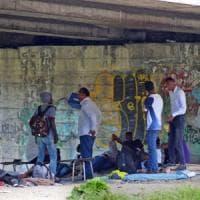 Ventimiglia, vite sospese al confine: dalla laurea in Sudan al blocco di