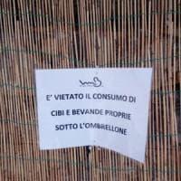 Lerici, vietato mangiare i panini sotto l'ombrellone