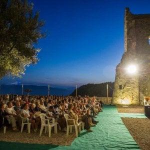 Cinema e cultura al Castello dei Vescovi di Luni