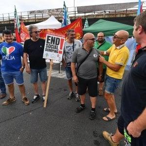Porto, prosegue lo sciopero dell'autotrasporto
