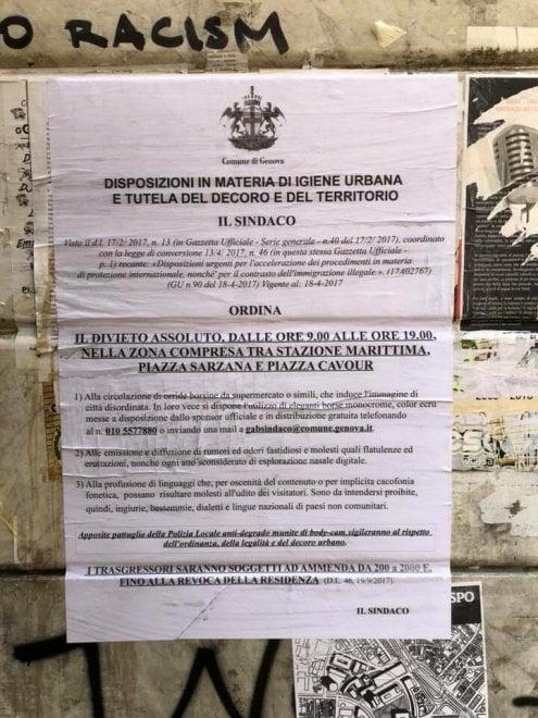 """Ordinanza-burla sui manifesti in centro: """"Vietato emettere rumori e odori fastidiosi"""""""