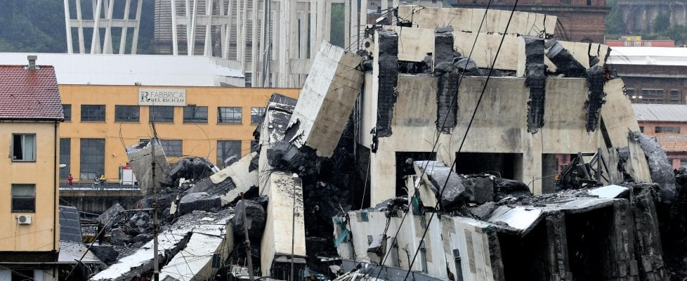 Genova, crolla il ponte Morandi dell