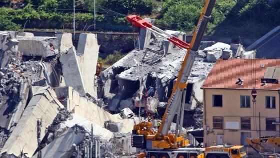 """Bertolaso: """"Il crollo del ponte di Genova tragedia annunciata come il Vajont"""""""