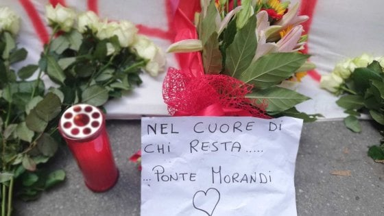 Il crollo del ponte un mese dopo, Genova ricorda con una cerimonia spezzata