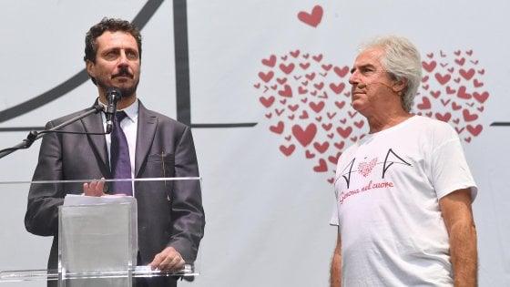 """Luca Bizzarri: """"Toninelli che sorride sul ponte offende tutti noi genovesi"""""""