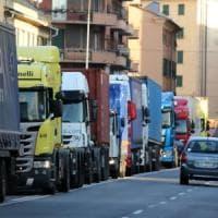 Crollo ponte: danno all'autotrasporto per 600mila euro al giorno
