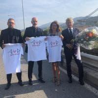 La Fiorentina rende omaggio alle vittime del Ponte Morandi