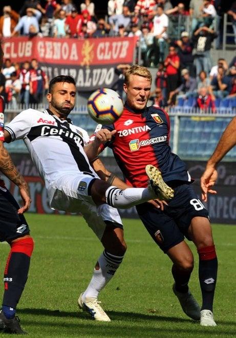 Genoa-Parma, il fotoracconto della partita