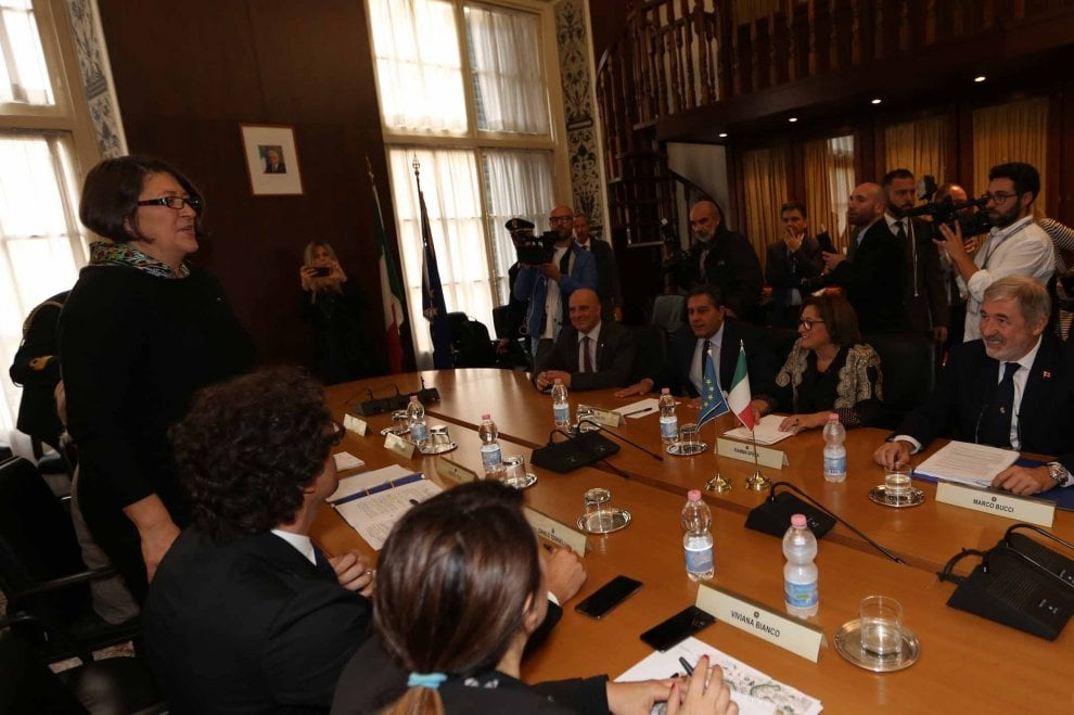 """Toninelli a Genova: """"Questa è l'Europa che ci piace"""""""