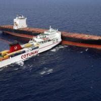 Collisione in mare al largo della Corsica, a bordo c'è ancora carburante
