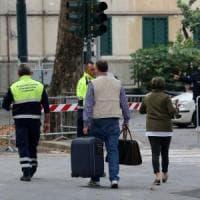 """Il rientro degli sfollati del ponte Morandi: """"Tanti bambini vanno a recuperare i loro..."""