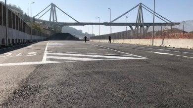 Crollo ponte: inaugurato parcheggio di interscambio a Certosa. Bucci:
