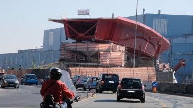Crollo ponte: montata la rampa che porta  al casello aeroporto: liberata via Siffredi