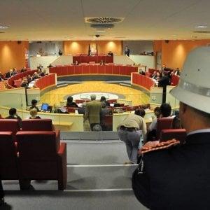 """Processo spese pazze, gli avvocati difensori:  """"Ingerenza dei pm nell'autonomia politica"""""""