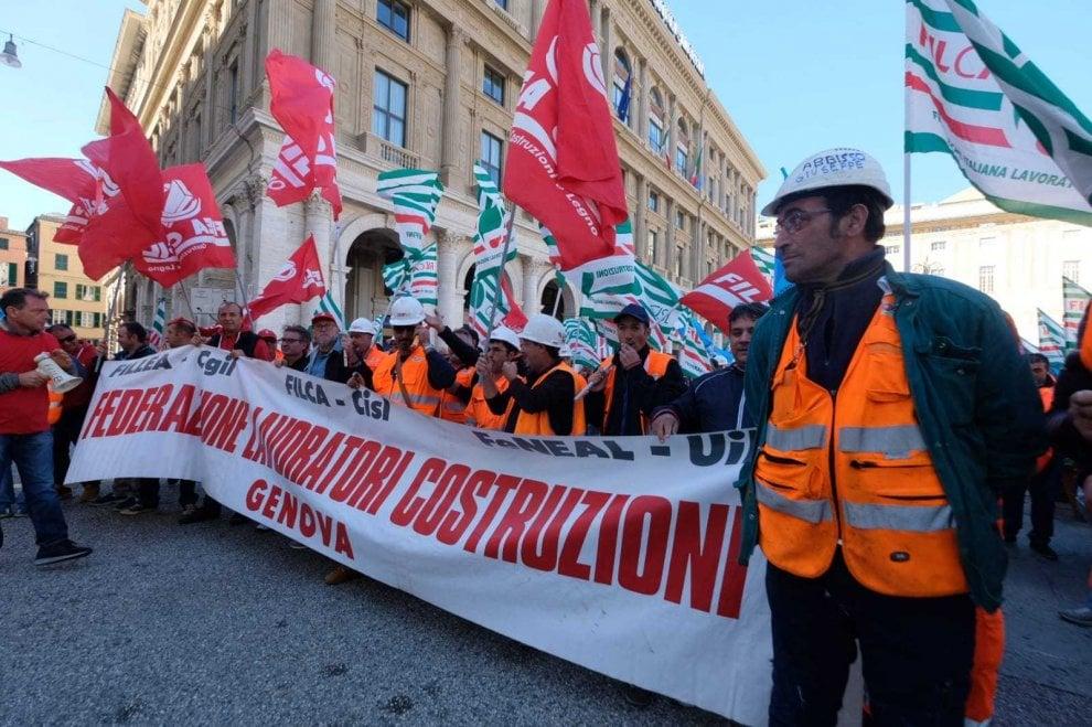 Terzo valico: protesta edili a Genova, sbloccare fondi opera
