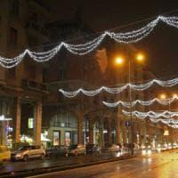 Natale, un tunnel di luci da Certosa a De Ferrari