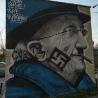 Genova, svastiche sui murales dedicati a don Gallo e al 30 Giugno