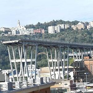 Ponte Morandi, analisi copiate. Sequestri nella sede Spea