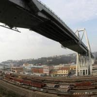 Ponte Morandi, la demolizione affidata a cinque aziende. Bucci:
