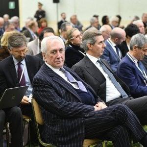 Consulenti e dimissioni, i retroscena dell'assemblea Carige