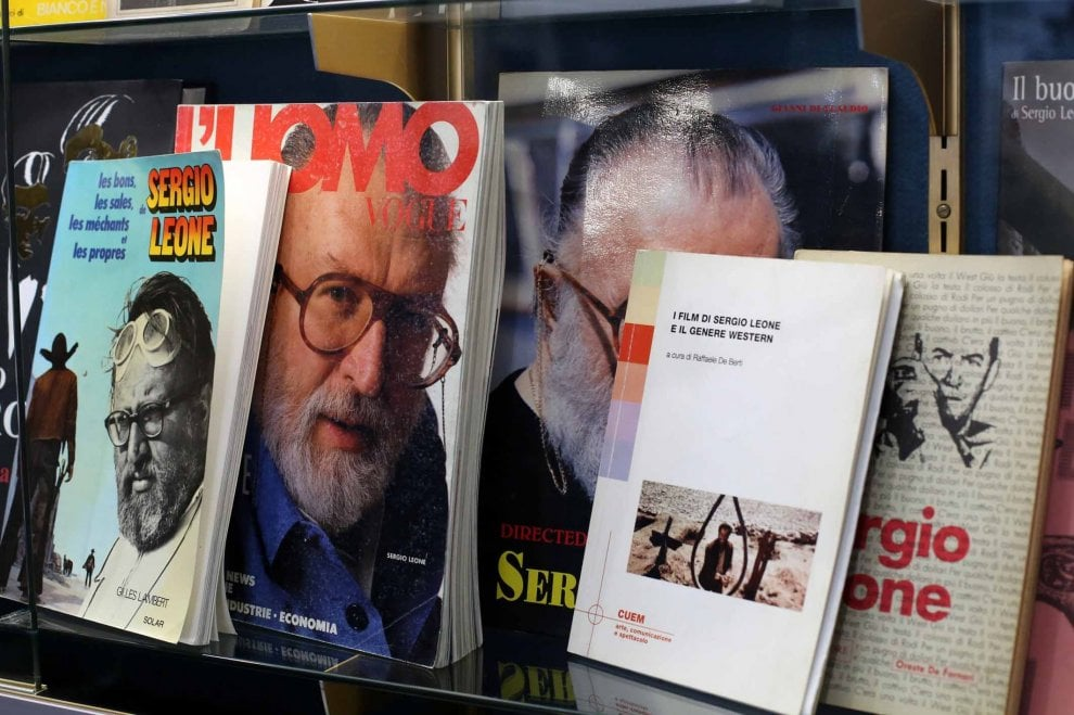Il Club Amici del Cinema celebra Sergio Leone, in mostra i manifesti dei film
