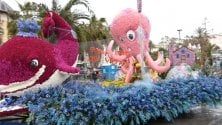 Le creature marine protagoniste del corso fiorito a Sanremo