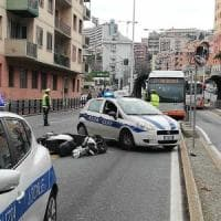 Genova, incidente mortale in corso Europa