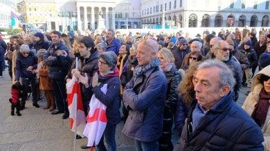 In piazza De Ferrari per dire sì allo sviluppo  e alle grandi opere