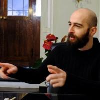 Vivere disconnessi: Marco, il trentenne che resiste senza cellulare