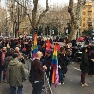 Presidio contro il Registro delle famiglie a Genova