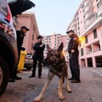 Genova, controlli dei carabinieri al Cep di Prà e alle lavatrici