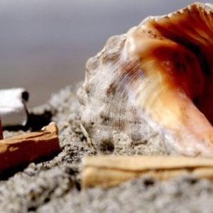 """Stop al fumo in spiaggia, da Sturla a Nervi l'estate sarà """"smoke-free"""""""