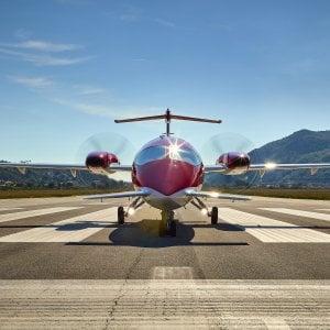 Piaggio, l'Aeronautica frena su drone e P180