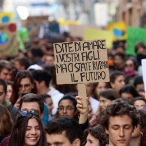 Legge sui parchi, la protesta in Regione di Fridays for Future