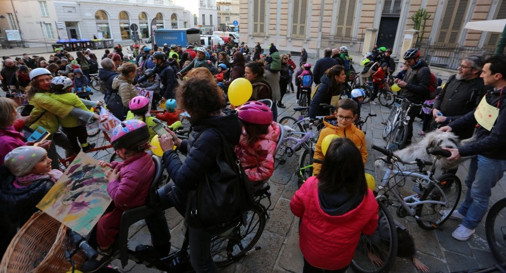Tutti in bici sino al Comune di Genova