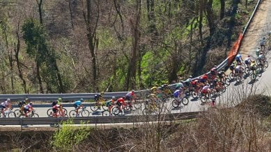 I campioni del ciclismo sul passo  del Turchino per la Milano-Sanremo  FOTOGALLERY    di FABIO BUSSALINO