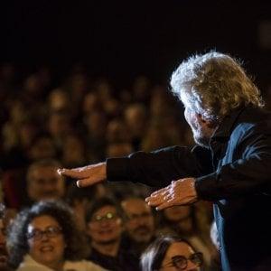 """Beppe Grillo sul palco: """"Bisogna fare il terzo valico"""""""