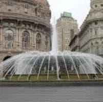 Riaperto il tratto della fontana di De Ferrari