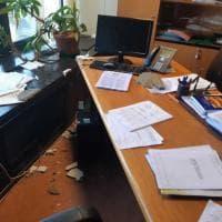 La Regione perde pezzi, crollano i soffitti dei gruppi Pd e M5S