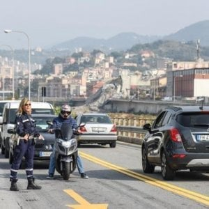 Demolizione ponte Morandi, sindacati dei vigili di Genova ...