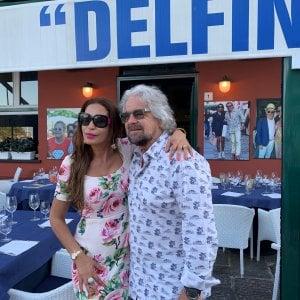 """Beppe Grillo a Portofino boccia la  Tav: """"Le stesse medie senza l'alta velocità"""""""