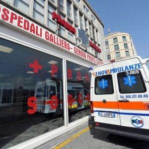 """Infermiere picchiato all'ospedale Galliera, il consigliere Rossetti: """"Allarme sicurezza"""""""