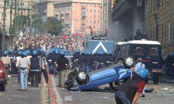 G8 di Genova 2001, arrestato in Francia l'ultimo black bloc latitante. Tradito da una vacanza con moglie e figlia in Savoia
